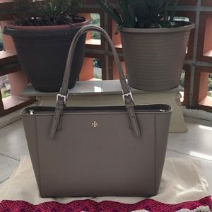Tory Burch York buckle tote bag